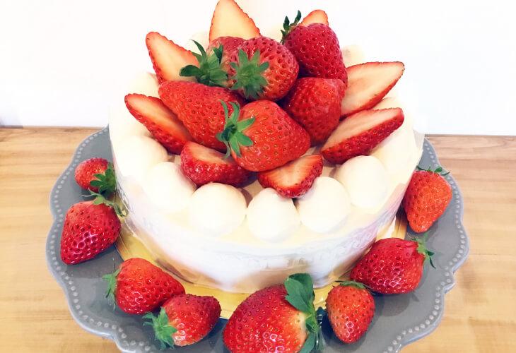 苺のスペシャルケーキ