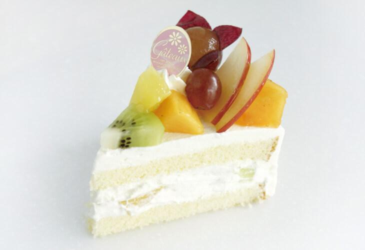 果実のめぐみフルーツケーキ