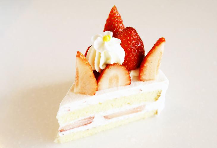 いちご畑のショートケーキ